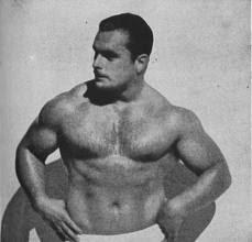 Maurice Jones - Antrenamente pentru spate